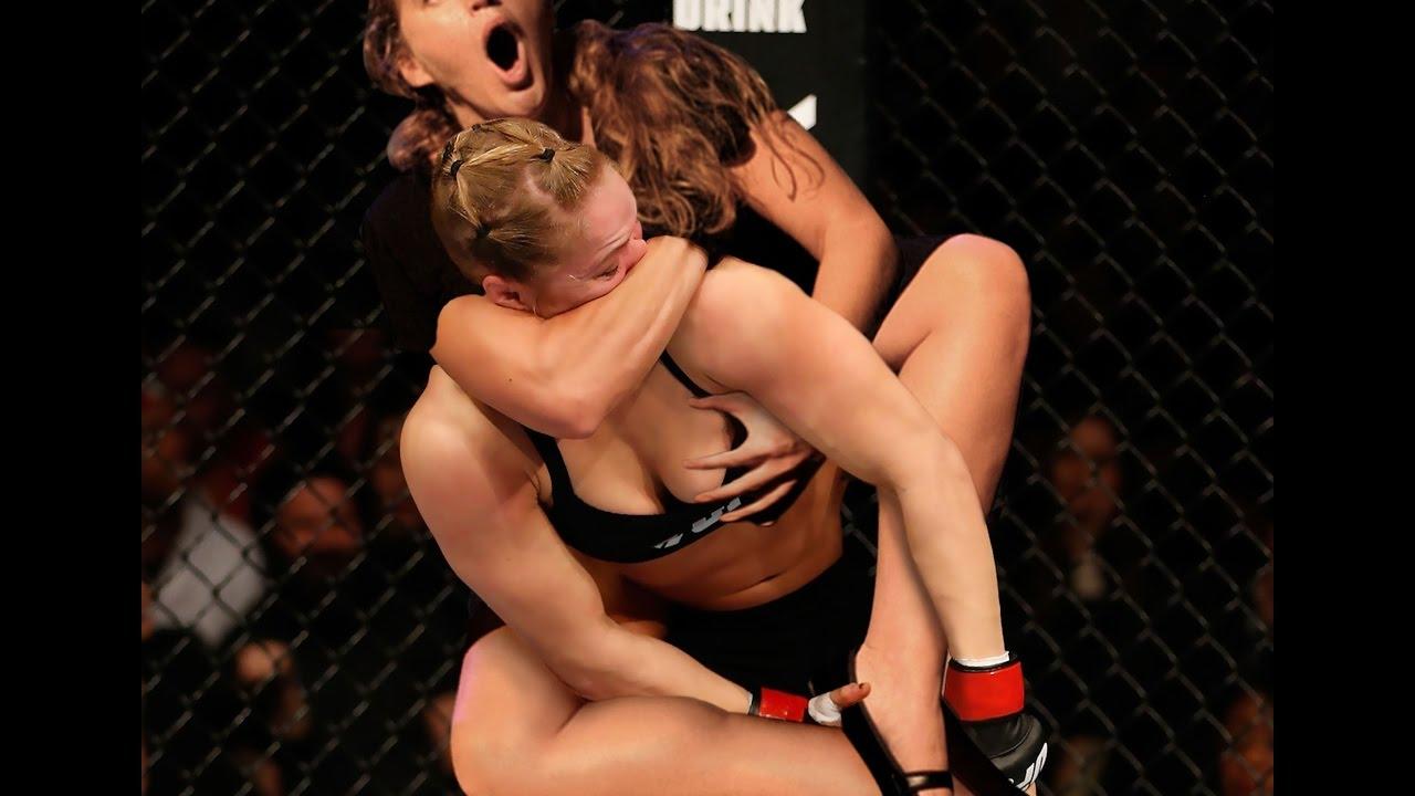 Брутальный лесбийский секс на ринге