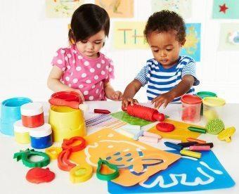 Какими бывают наборы для детского творчества?
